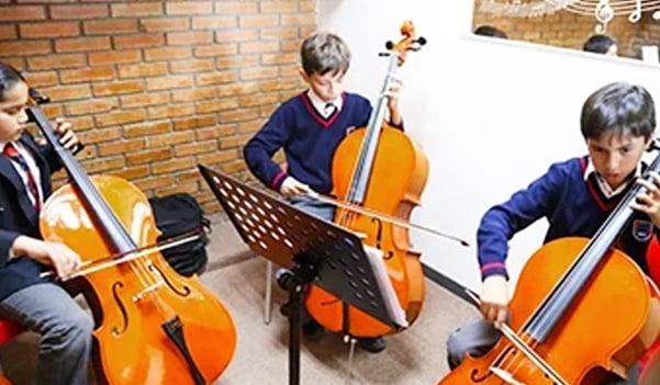 primaria-privada-para-niños-imagen-video-arte-y-musica