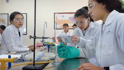 secundarias-en-san-luis-potosi-concursos-Instituto-Lomas-del-Real