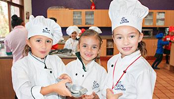 colegio-privado-para-niñas-thumbnail-video-gastronomia-y-nutricion