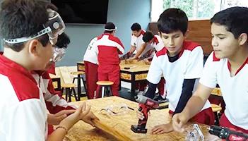 colegio-privado-para-niños-imagen-video-maker-space